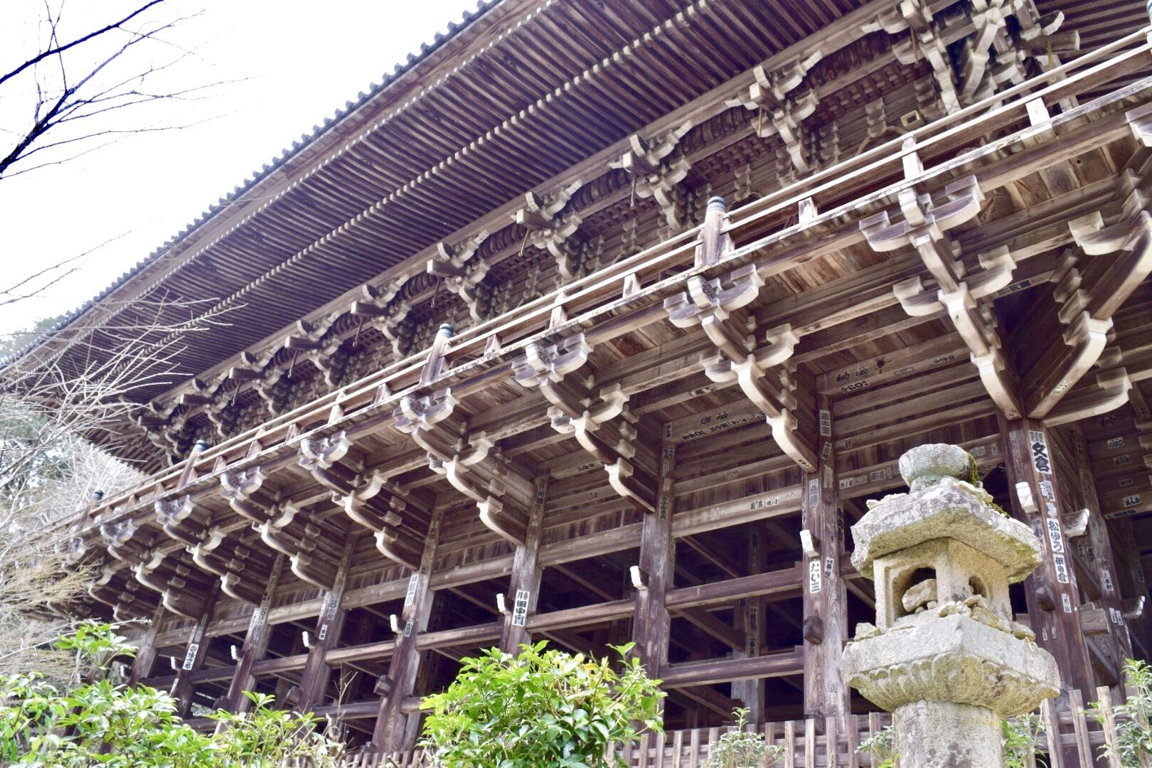 書写山園教寺の摩尼殿、舞台造り
