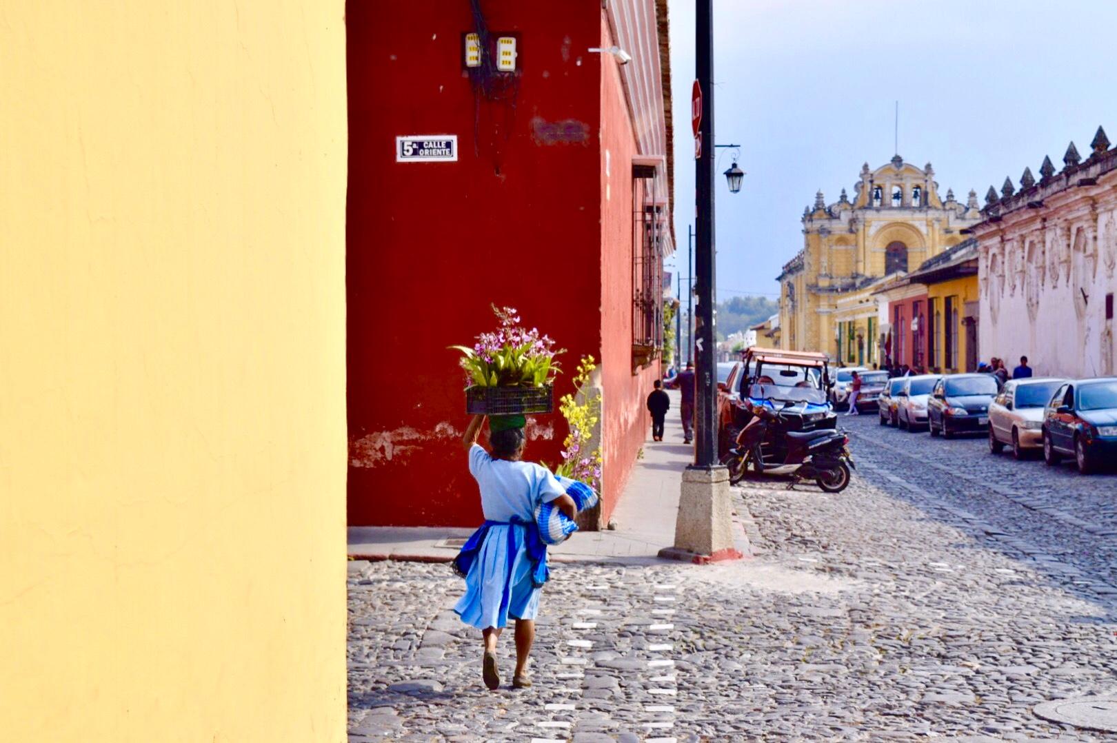 アンティグアグアテマラの町並み