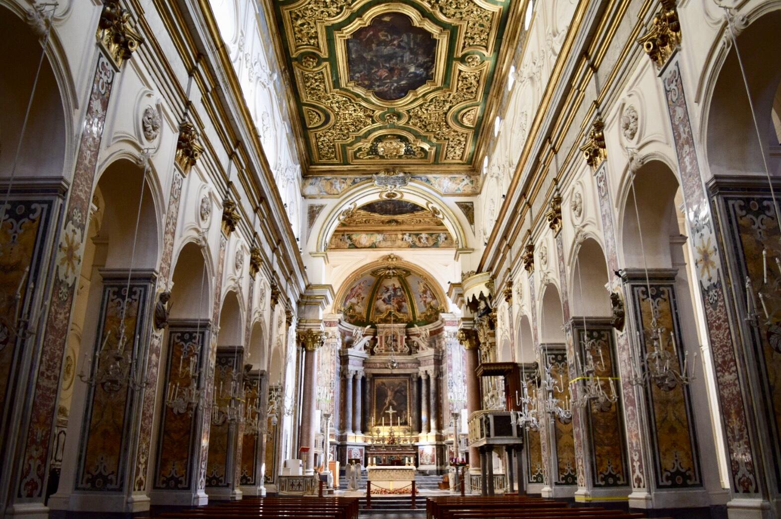 アマルフィ大聖堂の内観